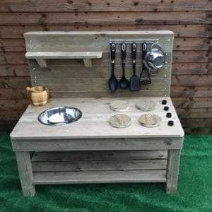 mud kitchen WEB